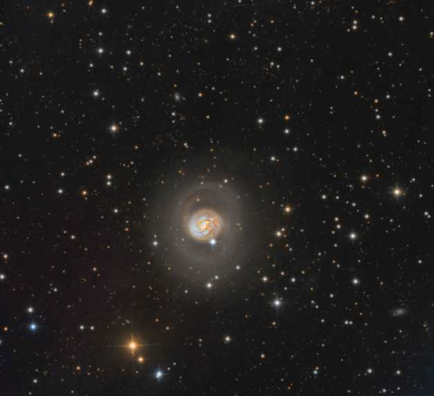 M77small